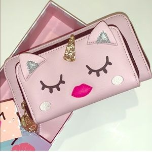NWT. Betsey Johnson Light pink Wallet